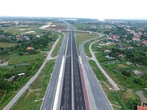 Cao tốc La Sơn - Tuý Loan