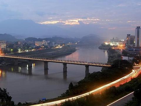 Cầu Cốc Lếu, Lào Cai