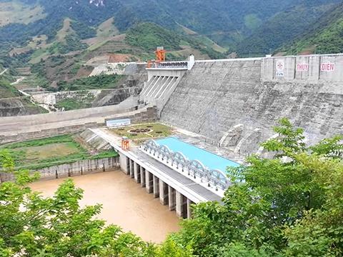 Nhà máy thuỷ điện Sơn La